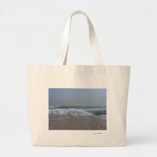 Beach and ocean souvenirs tote bag
