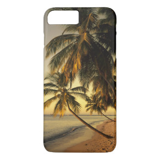Beach at sunset, Trinidad iPhone 7 Plus Case