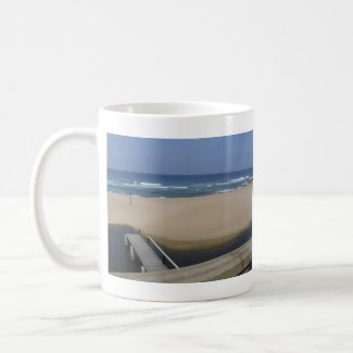 Beach bridge mug