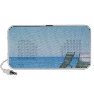 Beach Chair 4 Laptop Speaker