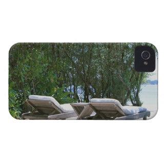 Beach Chair 5 iPhone 4 Cover