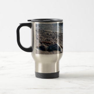 Beach close up travel mug
