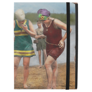 "Beach - Cop a feel 1922 iPad Pro 12.9"" Case"