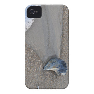 Beach Day iPhone 4 Cover