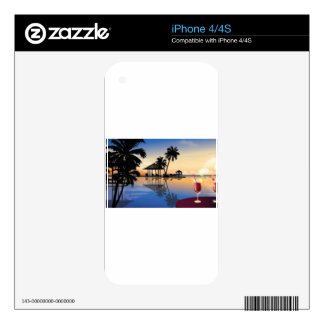 Beach holiday skin for the iPhone 4