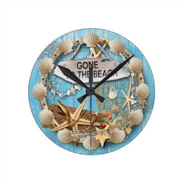 Sand_Dunes Beach Hut/Beach House Clock, Gone To the Beach Round Clock