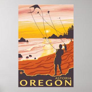 Beach & Kites - Astoria, Oregon Poster