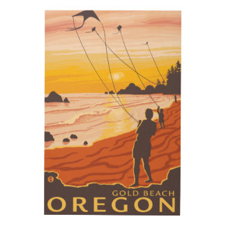 Beach & Kites - Gold Beach, Oregon Wood Print