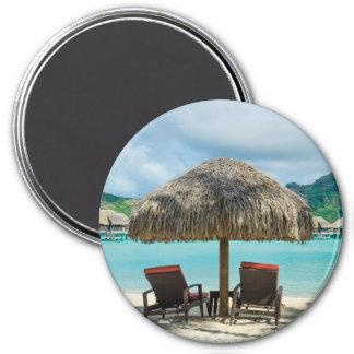 Beach on Bora Bora round magnet