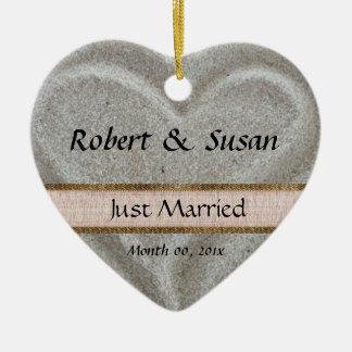 Beach Sand Heart Shaped Wedding Favor Ceramic Ornament