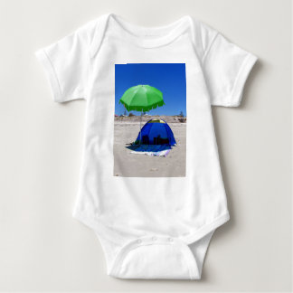 beach-umbrella baby bodysuit