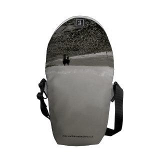 Beach walk courier bag