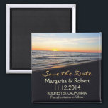 """beach wedding save the date magnets<br><div class=""""desc"""">sunset in the beach romantic save the date magnets</div>"""
