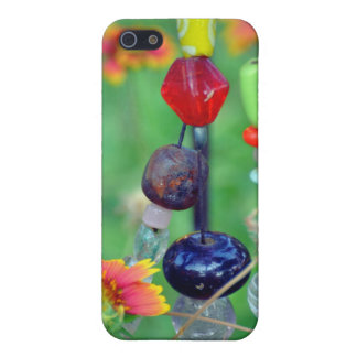 Beads n flowers in the artful garden cover for iPhone SE/5/5s