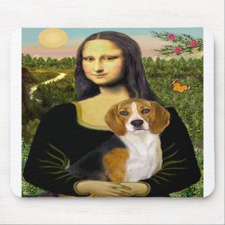 Beagle 7 - Mona Lisa Mouse Pad