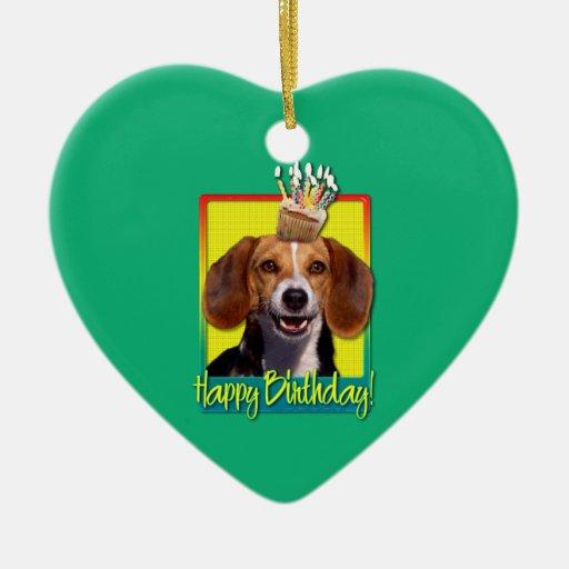 Beagle de la magdalena del cumpleaños adorno para reyes