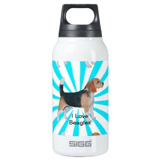 Beagle en molinillo de viento de la turquesa