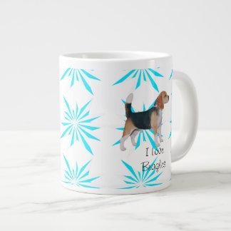 Beagle en molinillo de viento de la turquesa taza grande