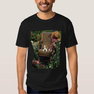 Beagle In Garden Chair Unisex T-Shirt