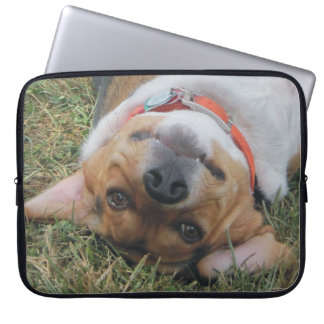 Beagle Looking At You Upside Down Laptop Sleeve