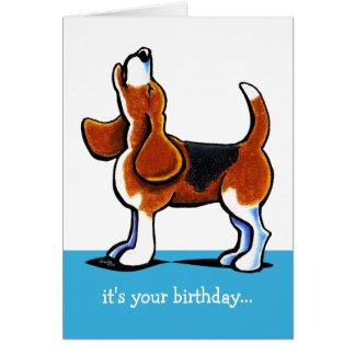 Beagle que grita cumpleaños divertido tarjetas
