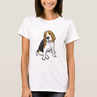 Beagle que se sienta playera
