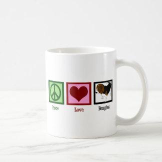 Beagles del amor de la paz taza de café