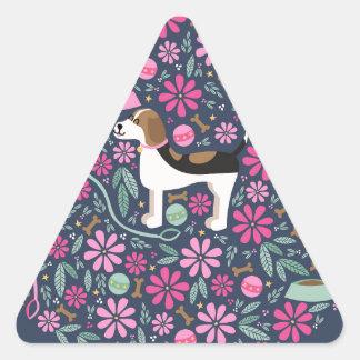 Beagles hermosos pegatina triangular