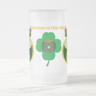 'Beannachtam na Feile Padraig!' Frosted Beer stein 16 Oz Frosted Glass Beer Mug