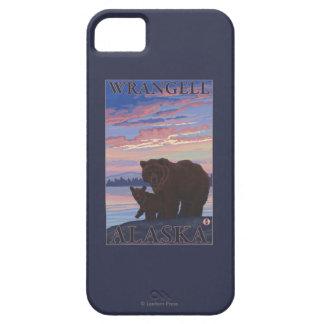 Bear and Cub - Wrangell, Alaska iPhone 5 Covers