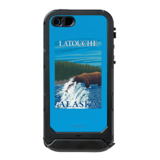 Bear Fishing in River - Latouche, Alaska Waterproof Case For iPhone SE/5/5s