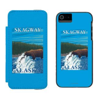 Bear Fishing in River - Skagway, Alaska Wallet Case For iPhone SE/5/5s