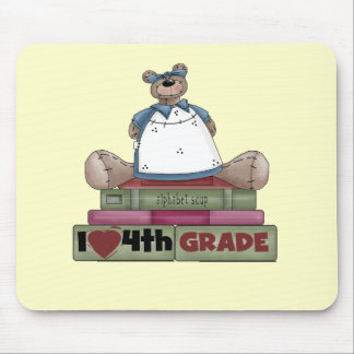 Bear I Love 4th Grade T-shirts and Gifts Mouse Pad