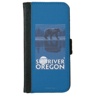 Bear in Moonlight - Sun River, Oregon iPhone 6 Wallet Case