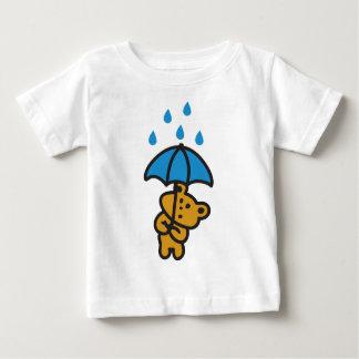 Bear in the rain baby T-Shirt