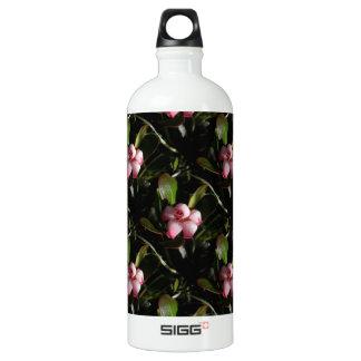 Bearberry Blossoms SIGG Traveler 1.0L Water Bottle