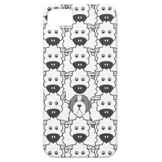 Bearded Collie in the Sheep iPhone SE/5/5s Case