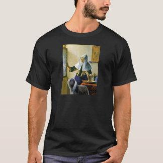 Beardie 10 - Pitcher T-Shirt