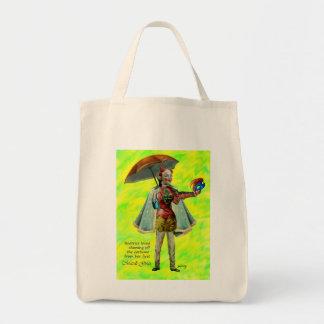 Beatriz y la su bolsa de asas del traje del carnav