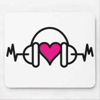 Beats of Love | Pink heart with pulse & headphone Mouse Pad