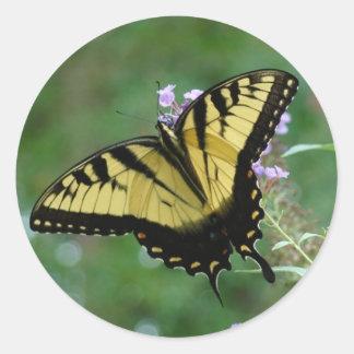Beauti-flies Round Sticker