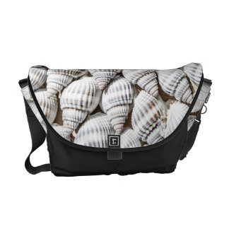 Beautiful arranges Shellfish Courier Bag