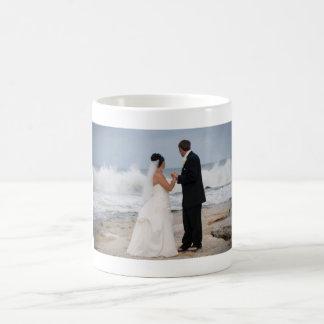 BEAUTIFUL BEACH WEDDING MUG