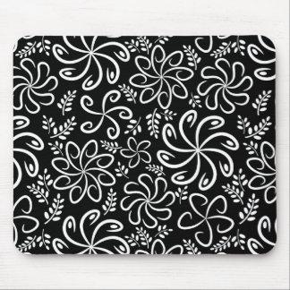 Beautiful black and white mousepad