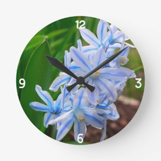 Beautiful Blue Flower Clock