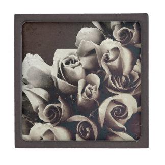 Beautiful Bouquet Roses Grunge Gift Box