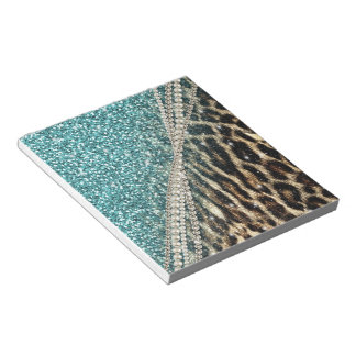 Beautiful chic girly leopard animal faux fur print notepad