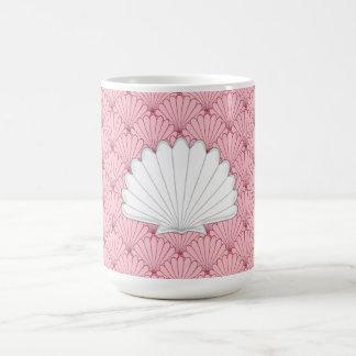 Beautiful Coral Peach Scallop Shell Repeating Patt Coffee Mug