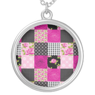Beautiful Country Patchwork Quilt Round Pendant Necklace