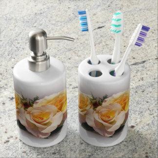 Beautiful Day Breaker Roses Bathroom Set